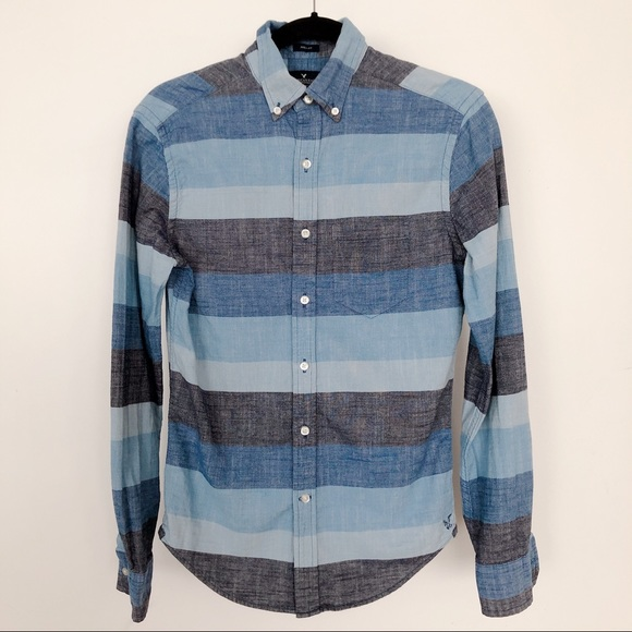 52f131ae039865 American Eagle Outfitters Shirts